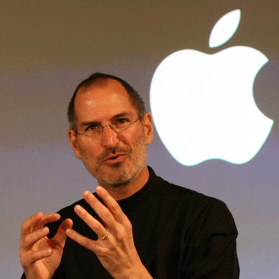 Homenaje Steve Jobs, frases, origen del logo apple y video
